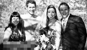"""美国""""裸婚时代"""":一丝不挂裸体婚礼"""