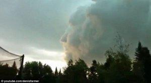 加拿大惊现人脸云团 画面令人难以置信