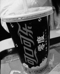 零度可乐原液被指防腐剂超标 或造成肠胃不适
